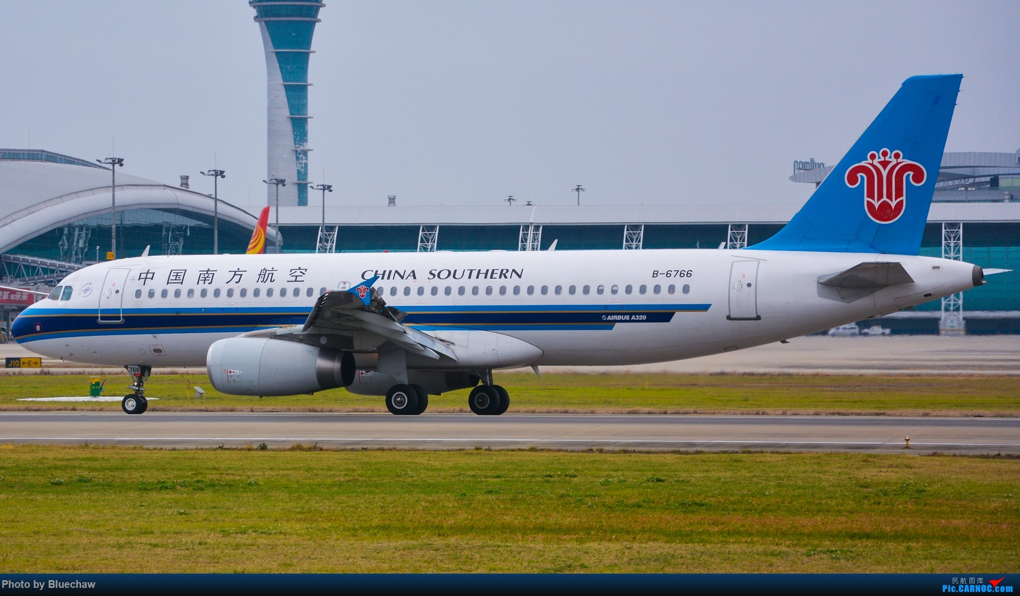 Re:[原创]新人第二贴,白云烂天拍机 AIRBUS A320-200 B-6766 中国广州白云国际机场