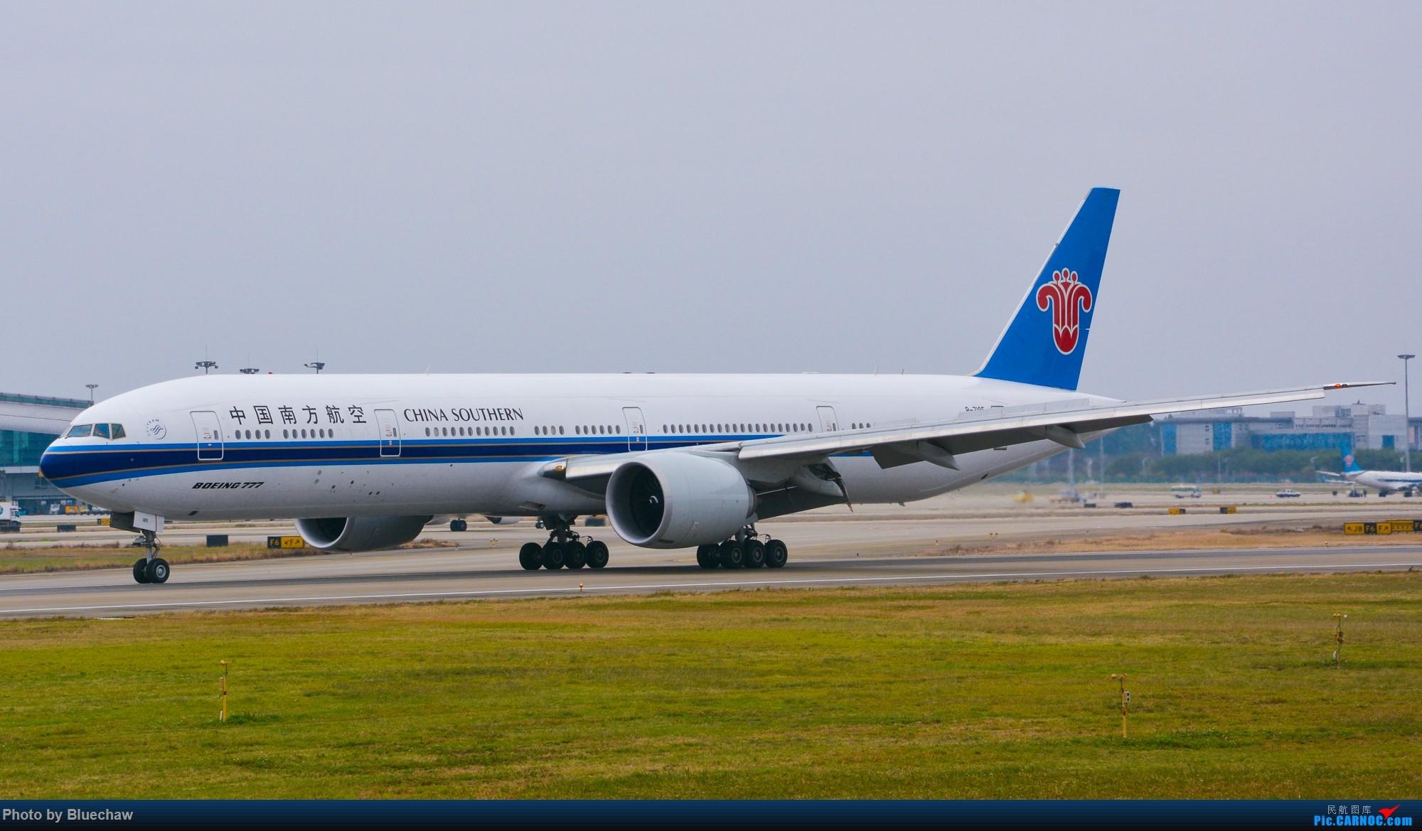 Re:[原创]新人第二贴,白云烂天拍机 BOEING 777-300ER B-7185 中国广州白云国际机场