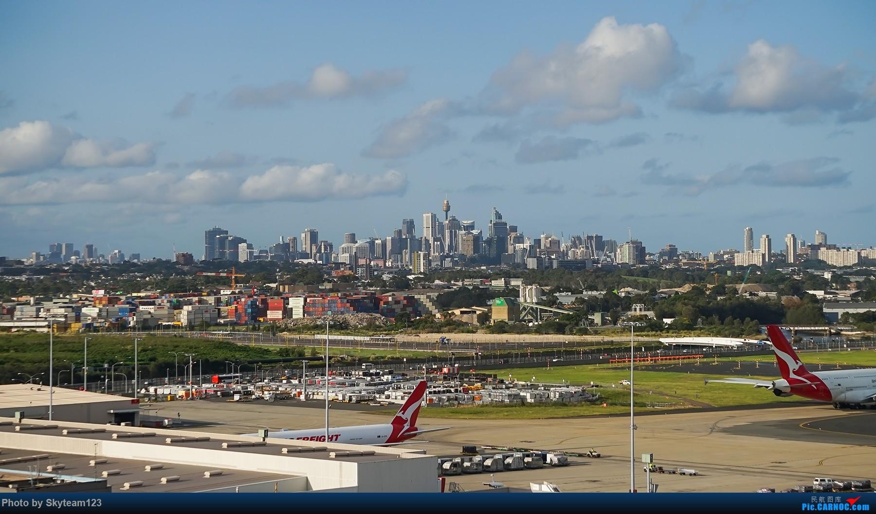 [原创]【SYD】解锁T1国际航站旁停车场顶楼拍机位 下午16R抵达的好货们以及夜拍轨迹    澳大利亚悉尼金斯福德·史密斯机场