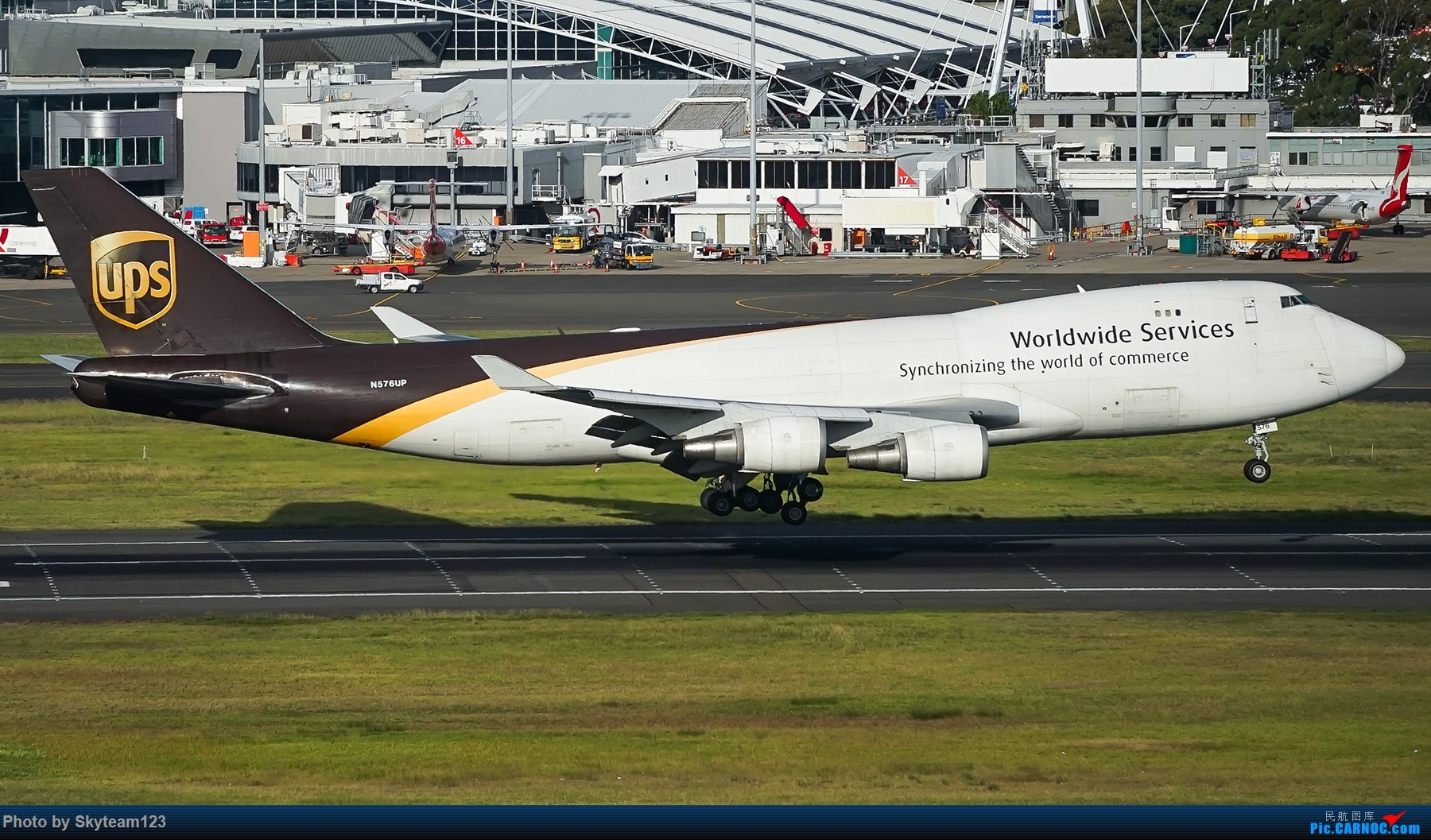 Re:[原创]【SYD】解锁T1国际航站旁停车场顶楼拍机位 下午16R抵达的好货们以及夜拍轨迹 BOEING 747-400F
