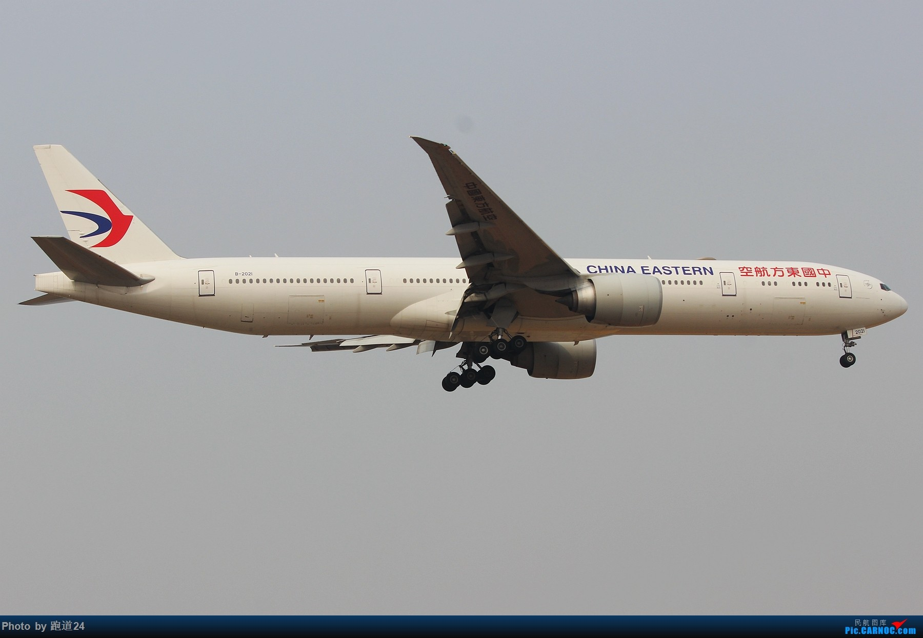 Re:[原创]3月2日CTU拍机[国航748 东方73M 红河水乡等] BOEING 777-300ER B-2021 中国成都双流国际机场