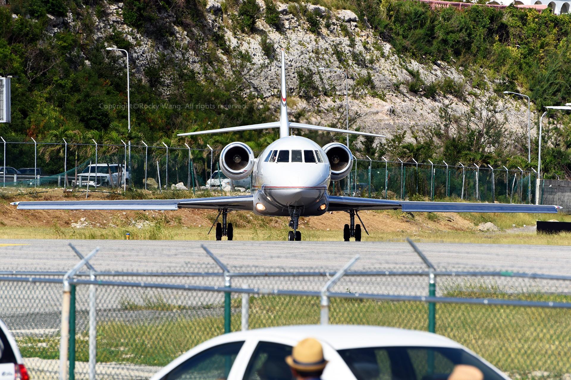 Re:[原创]My endless Caribbean dream——圣马丁朱莉安娜公主机场拍机记 DASSAULT FALCON 2000 N903GS 荷属安的列斯群岛朱利安娜公主机场
