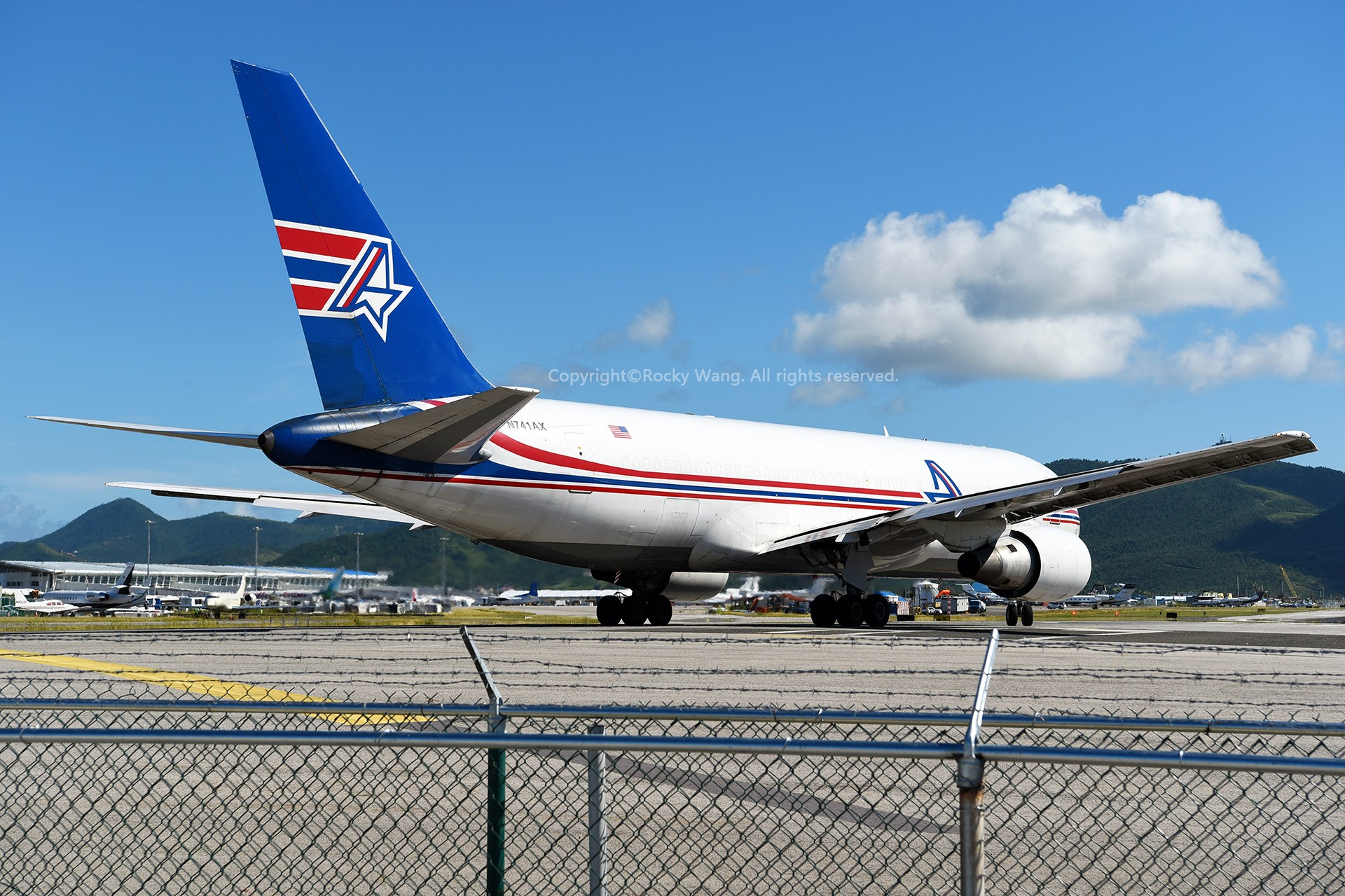 Re:[原创]My endless Caribbean dream——圣马丁朱莉安娜公主机场拍机记 BOEING 767-232(SF) N741AX 荷属安的列斯群岛朱利安娜公主机场