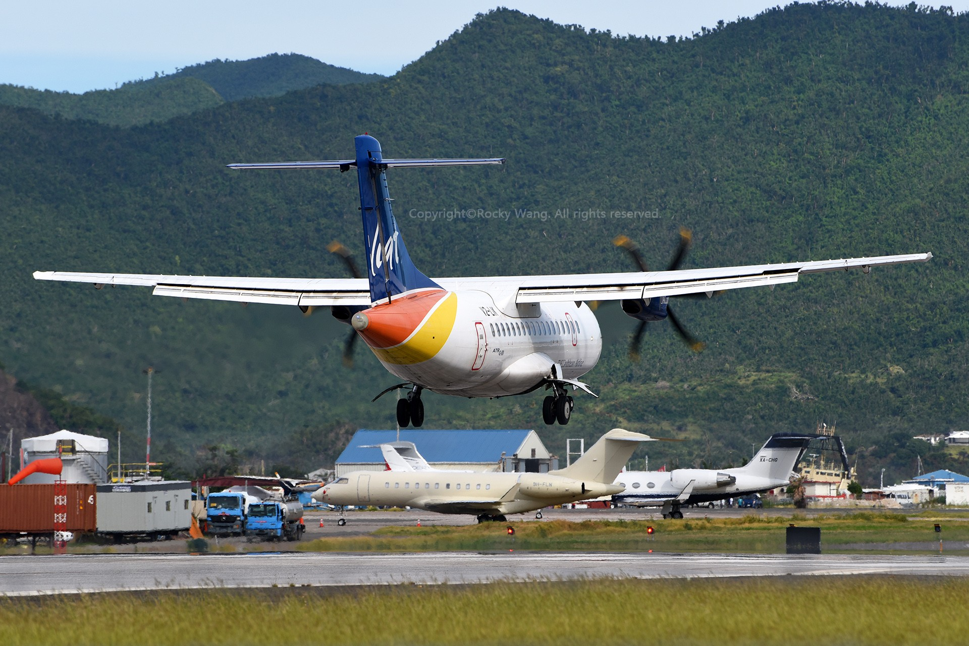 Re:[原创]My endless Caribbean dream——圣马丁朱莉安娜公主机场拍机记 ATR 42-600 V2-LIK 荷属安的列斯群岛朱利安娜公主机场