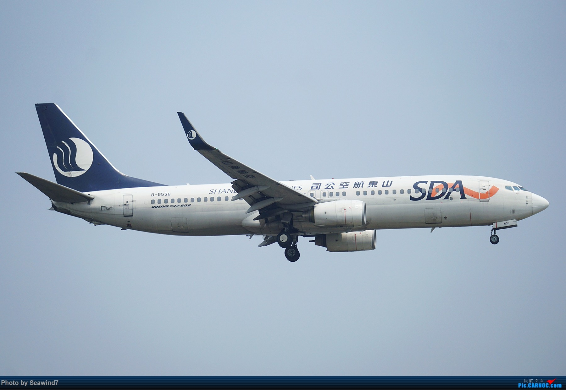 Re:[原创]新手的五一假期(含玩具总动员) BOEING 737-800 B-5536 中国上海虹桥国际机场