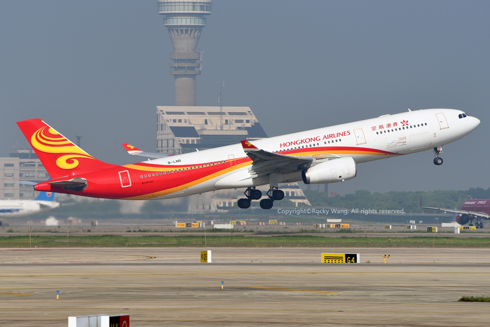 Re:[原创]A330s Around the World AIRBUS A330-300 B-LNR 中国上海浦东国际机场