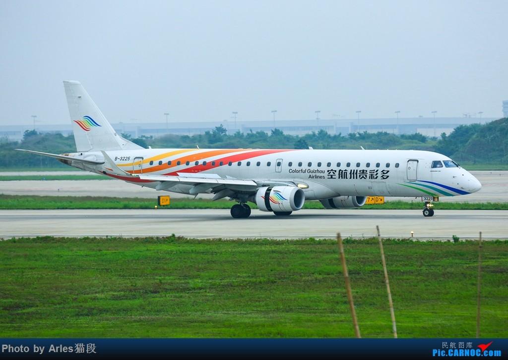 "Re:[原创]时隔两年再次来到NKG二跑""打飞机"" EMBRAER E-190 B-3225 中国南京禄口国际机场"