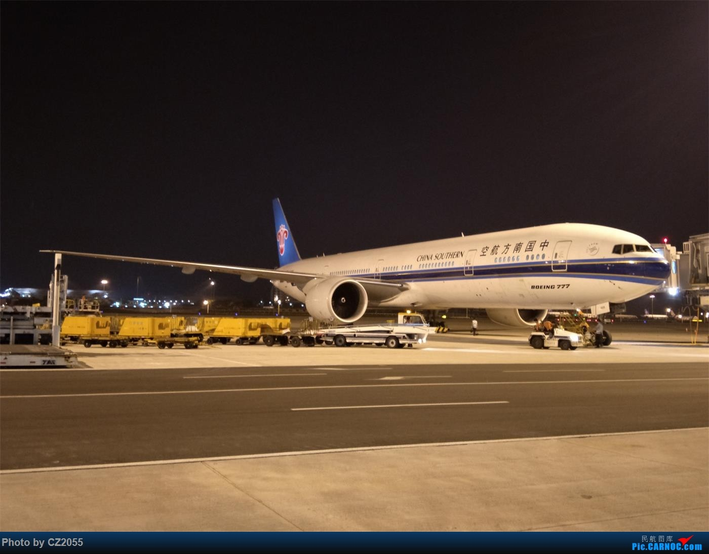 【CZ2055】【CAN】Welcome to come back,CZ312。 BOEING 777-300ER B-2009 中国广州白云国际机场