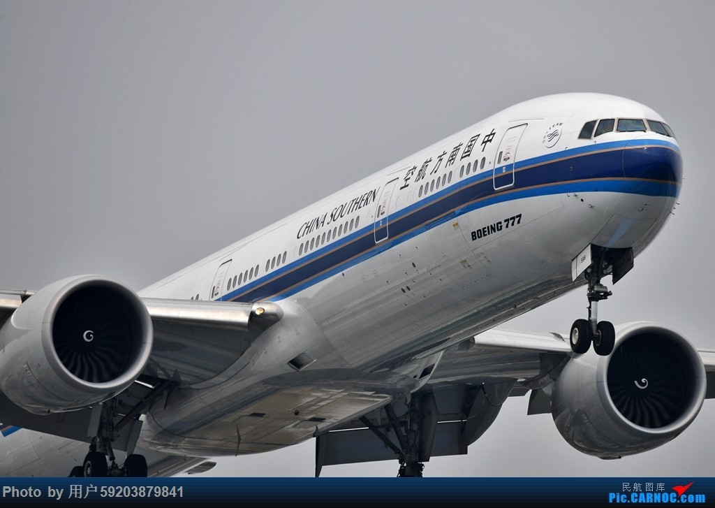 [原创]南航77W特写大头(一图) BOEING 777-31B(ER) B-7588 中国上海虹桥国际机场