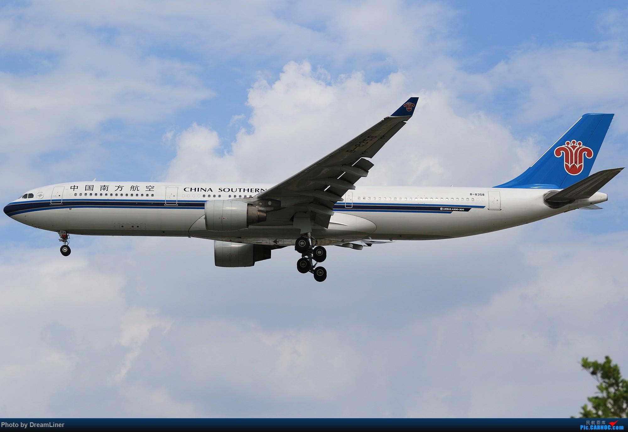 [原创]【CAN】蓝天——乌云 AIRBUS A330-300 B-8358 中国广州白云国际机场