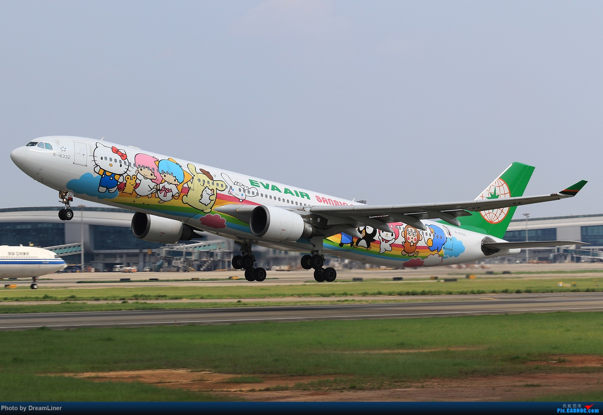 Re:[原创]【CAN】6.16-6.17 一组图 AIRBUS A330-300 B-16332 中国广州白云国际机场