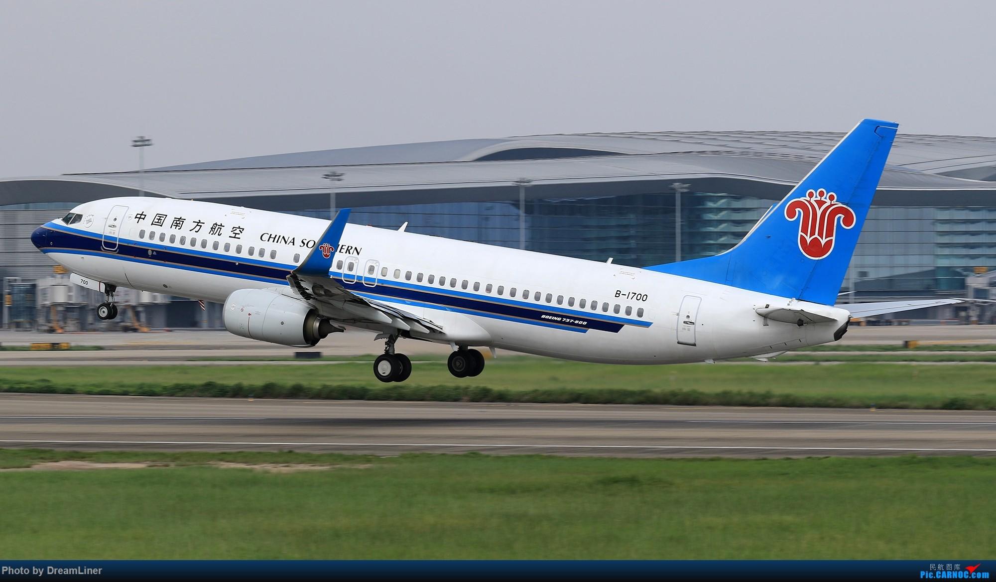 Re:[原创]【CAN】6.16-6.17 一组图 BOEING 737-800 B-1700 中国广州白云国际机场
