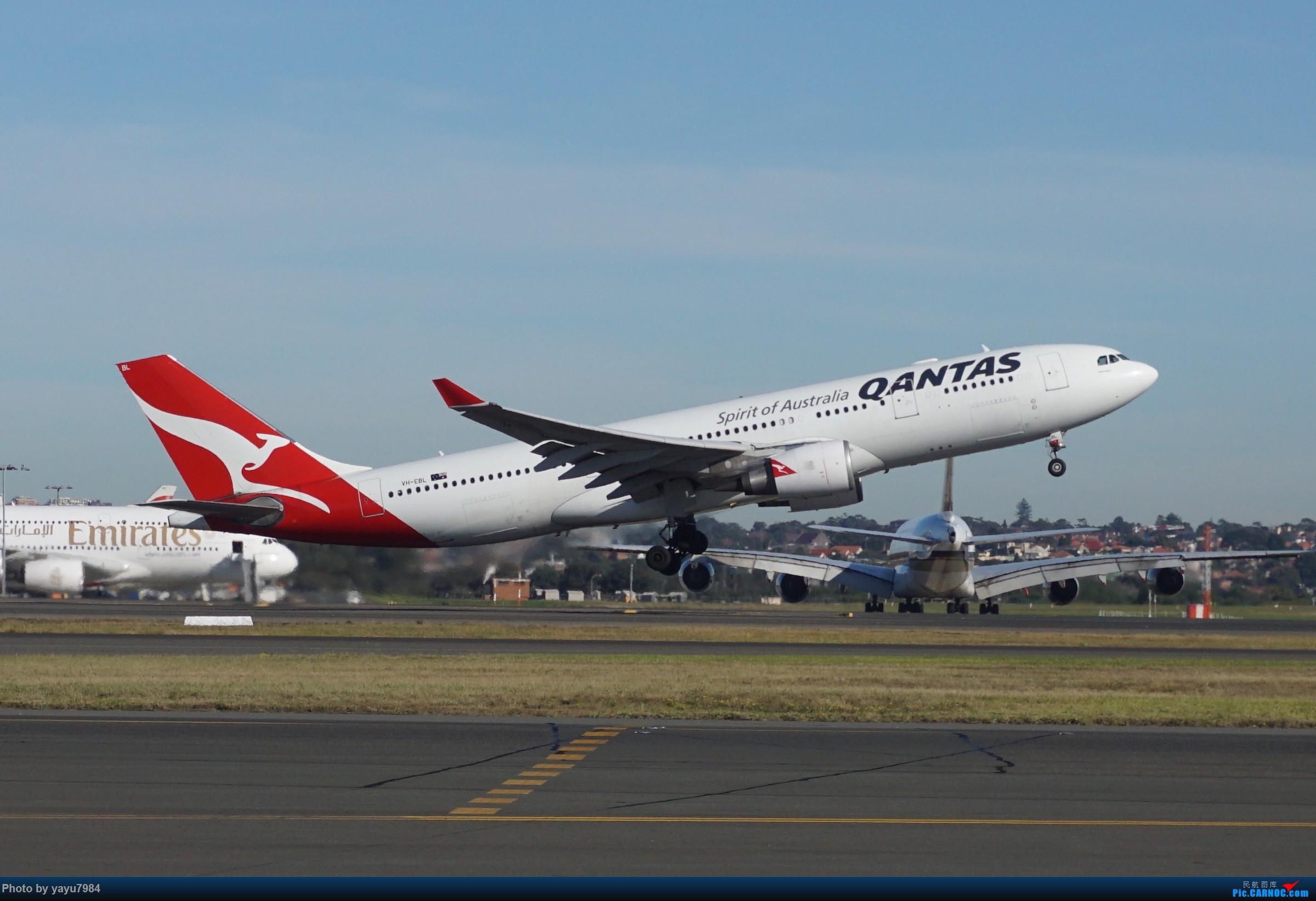 Re:[原创][SYD] 晨悉尼,Blu Emu停车场里拍34L起飞以及滑行 AIRBUS A330-200 VH-EBL 澳大利亚悉尼金斯福德·史密斯机场