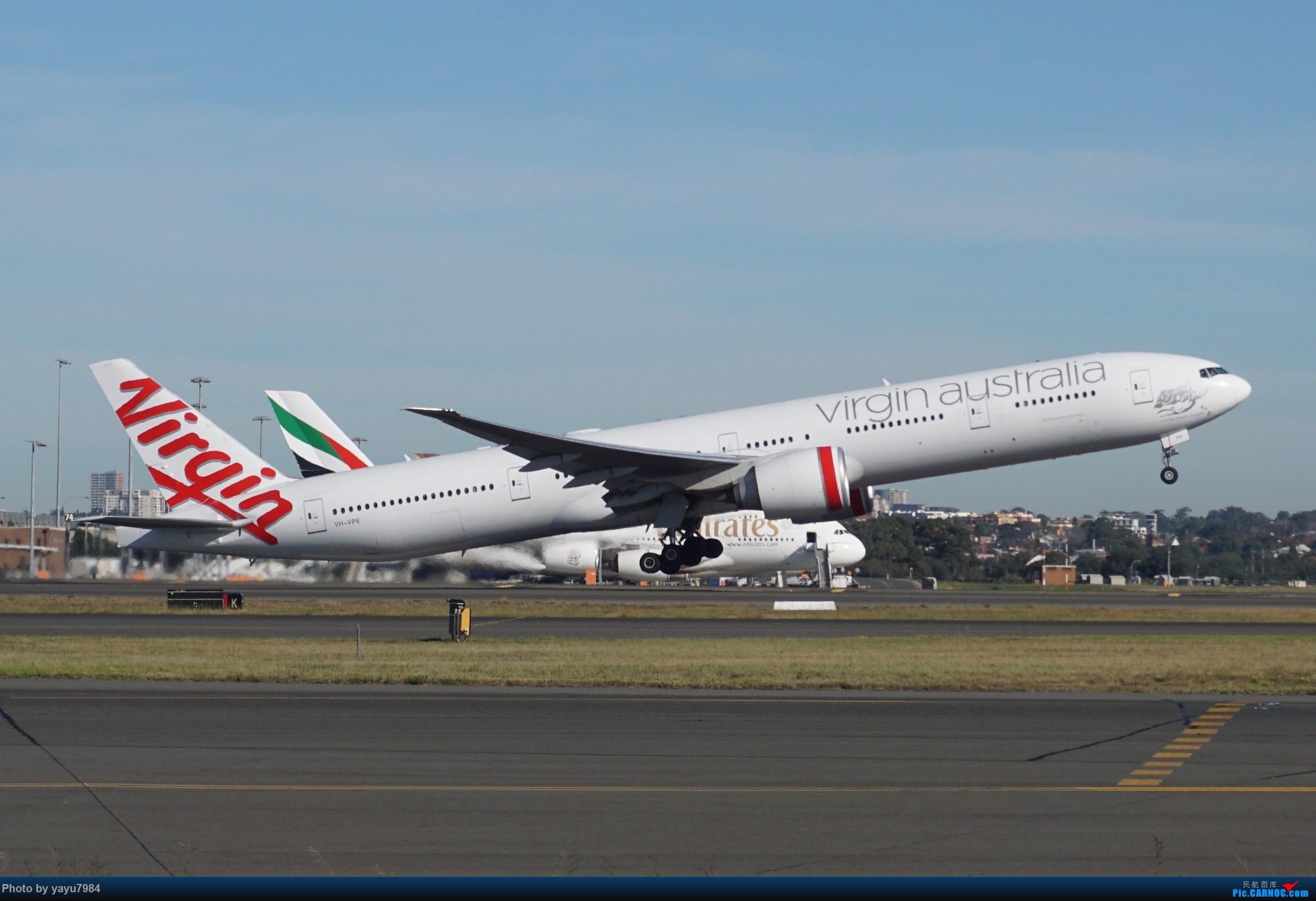Re:[原创][SYD] 晨悉尼,Blu Emu停车场里拍34L起飞以及滑行 BOEING 777-300ER VH-VPE 澳大利亚悉尼金斯福德·史密斯机场