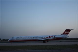 Re:远东MD-80-83