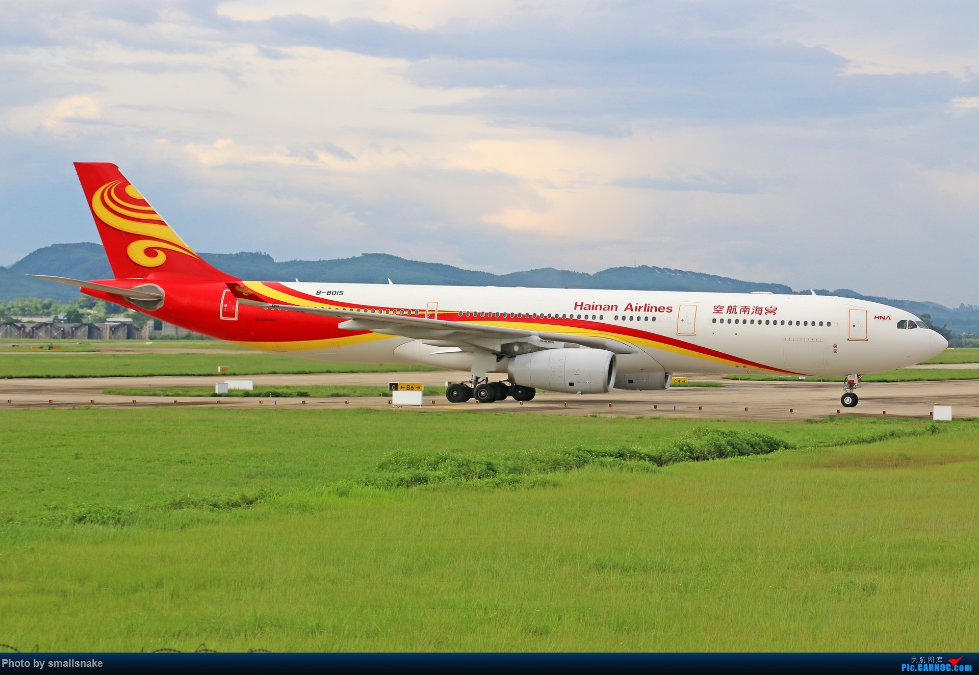 Re:[原创]近期NNG随摄...国航738MAX首航... AIRBUS A330-300 B-8015 中国南宁吴圩国际机场