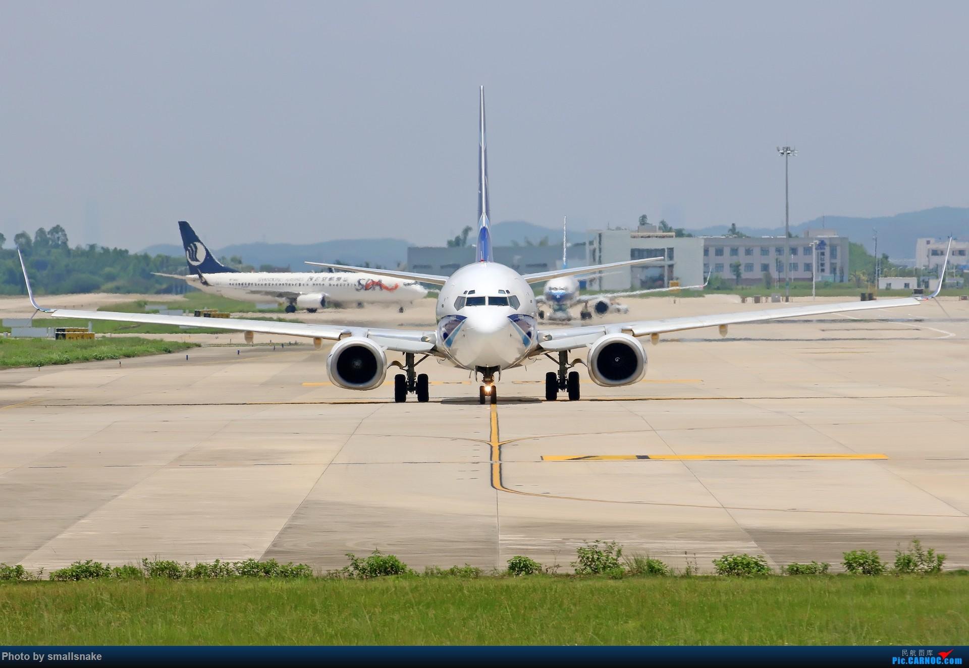 Re:[原创]近期NNG随摄...国航738MAX首航... BOEING 737-800 HS-NGP 南宁吴圩国际机场