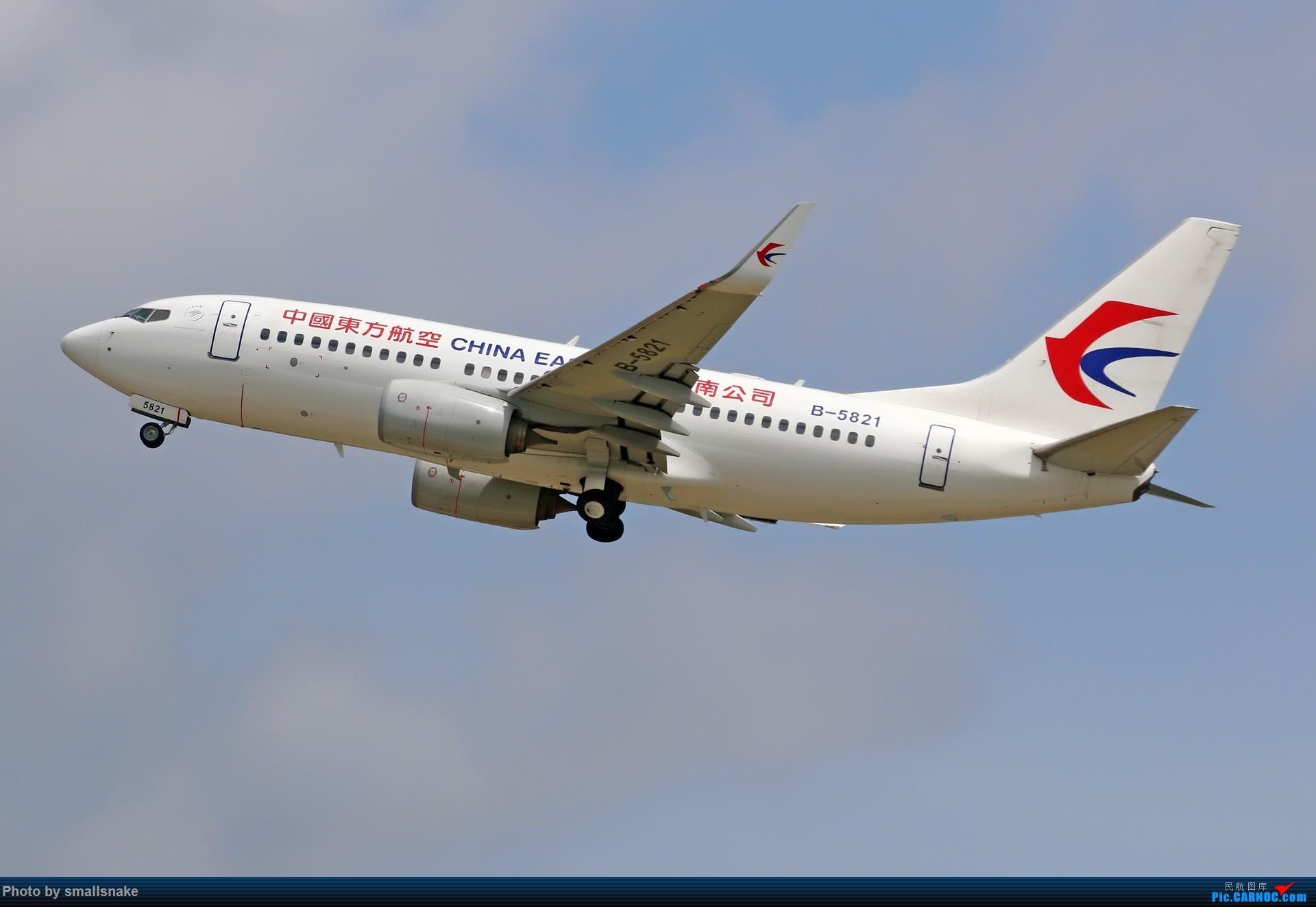 Re:[原创]近期NNG随摄...国航738MAX首航... BOEING 737-700 B-5821 中国南宁吴圩国际机场