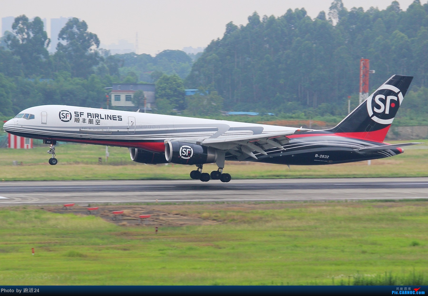 Re:[原创]【多图党】7.6CTU日常拍机 BOEING 757-200 B-2832 中国成都双流国际机场