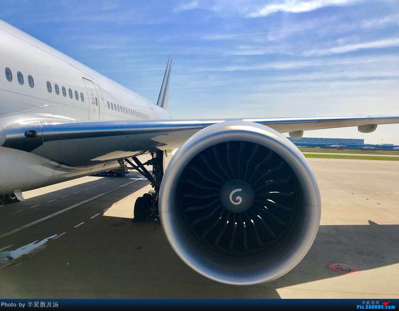 Re:[原创]A380主轮降温作业,道格拉斯抱轮车,747、330,多图 BOEING 777-200  法国戴高乐机场