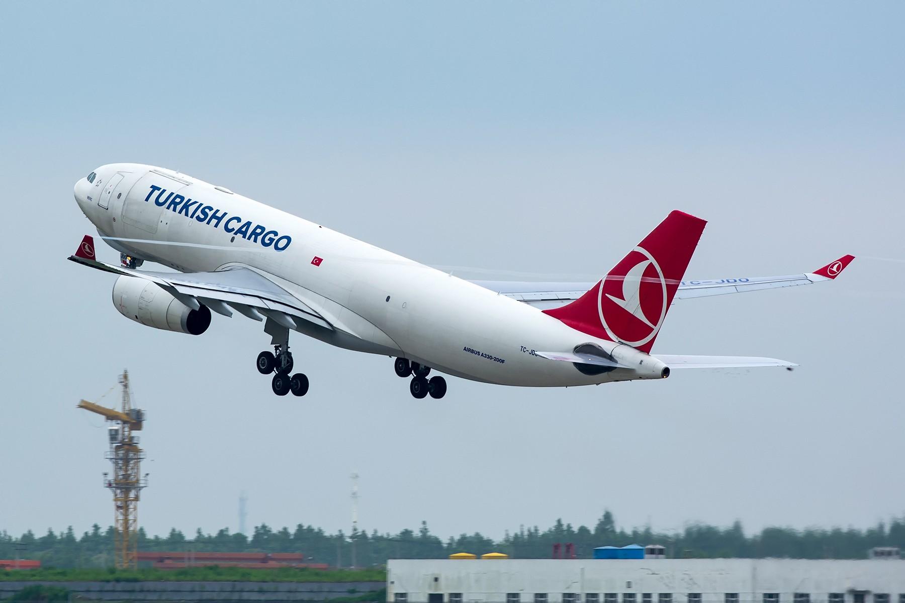 [原创]【PVG】一图党~想来好像还是头一遭拍的土耳其卡狗 AIRBUS A330-200F TC-JDO 中国上海浦东国际机场