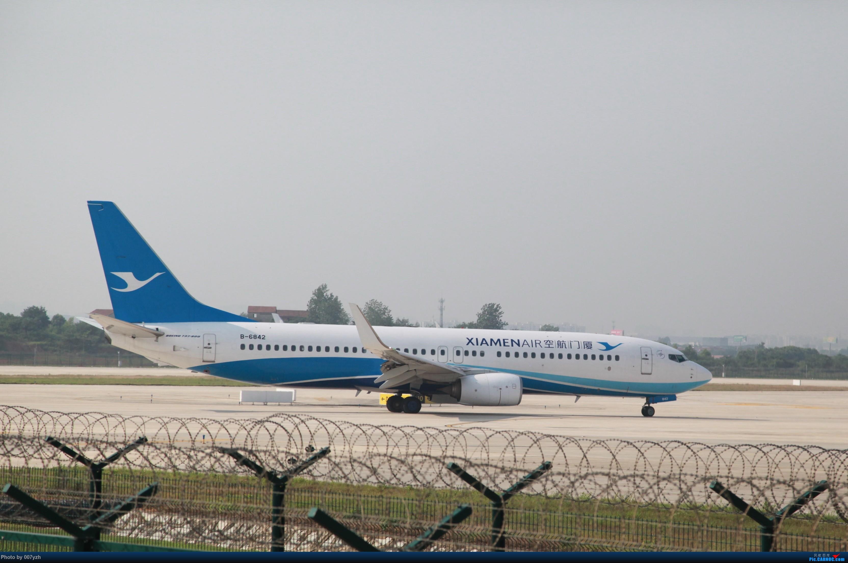 Re:[原创]7月5号WUH拍机,又是一个水泥天~ BOEING 737-800 B-6842 中国武汉天河国际机场