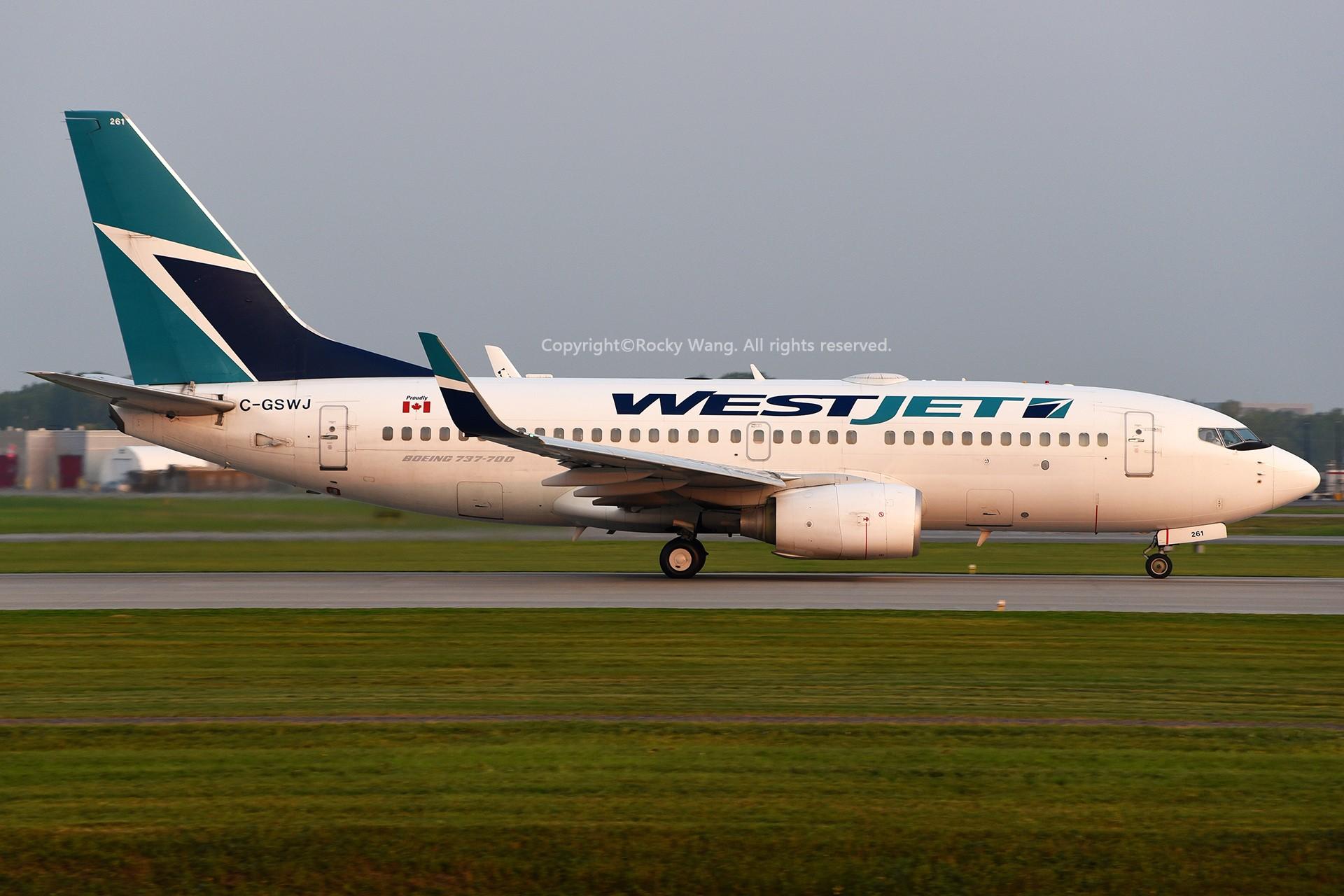[原创]窄体连连看 BOEING 737-7CT C-GSWJ 加拿大蒙特利尔特鲁多机场