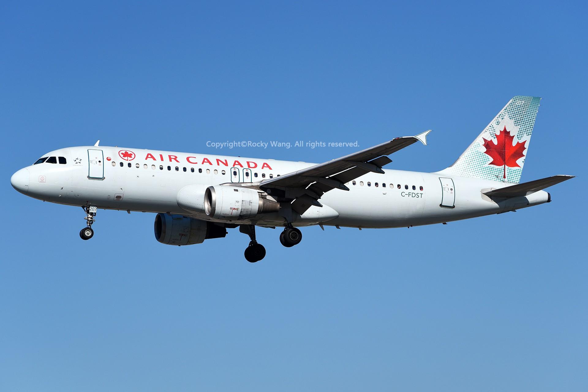 Re:[原创]窄体连连看 AIRBUS A320-211 C-FDST 加拿大多伦多皮尔逊机场