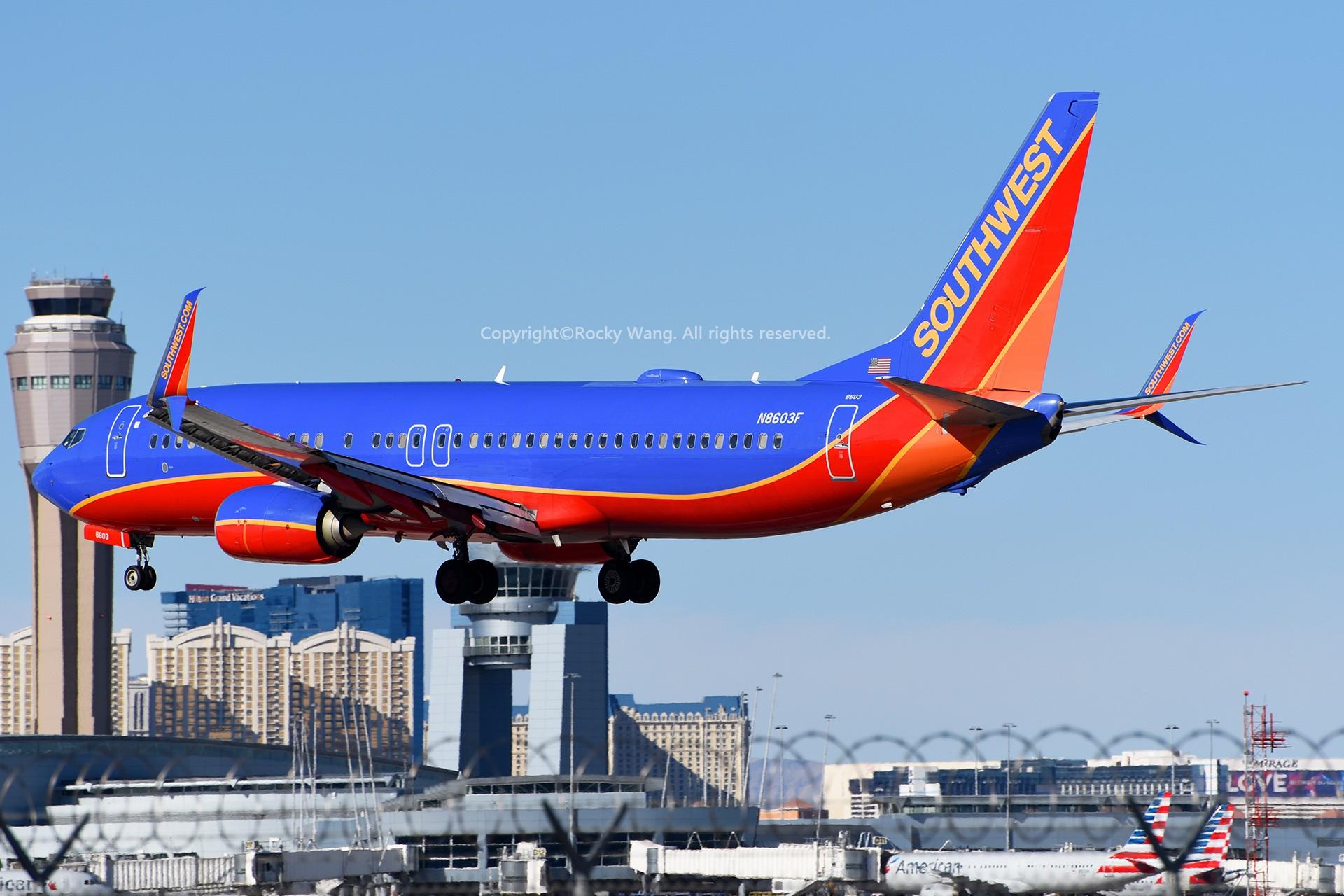 Re:[原创]窄体连连看 BOEING 737-8H4 N8603F 美国拉斯维加斯麦卡伦机场