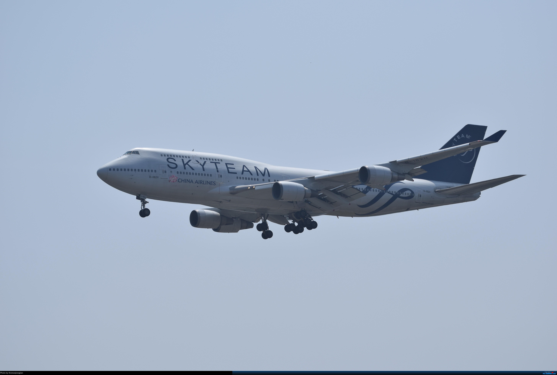 Re:[原创]华航天合联盟涂装747光临北京首都机场 BOEING 747-400