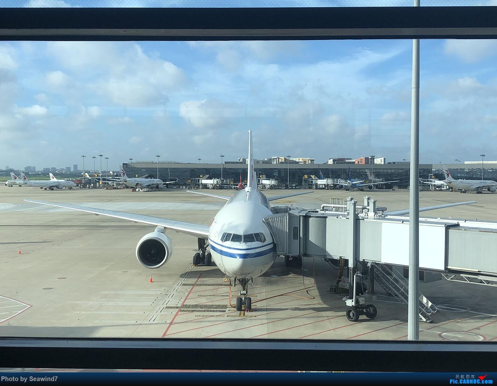 Re:东航第一架字母机/第二架320neo乘坐记 BOEING 777-200 B-2068 中国上海虹桥国际机场
