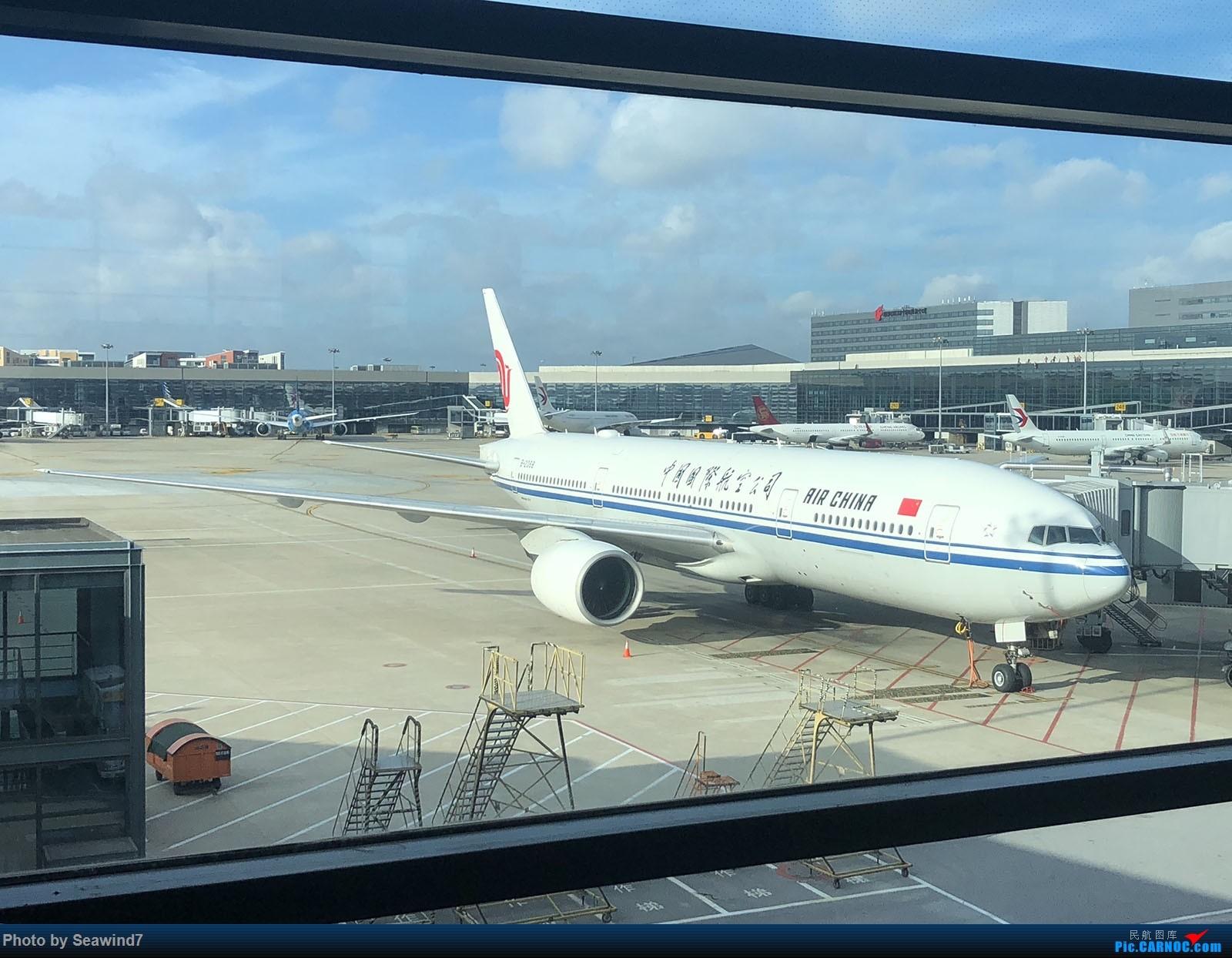 Re:[原创]东航第一架字母机/第二架320neo乘坐记 BOEING 777-200 B-2068 中国上海虹桥国际机场