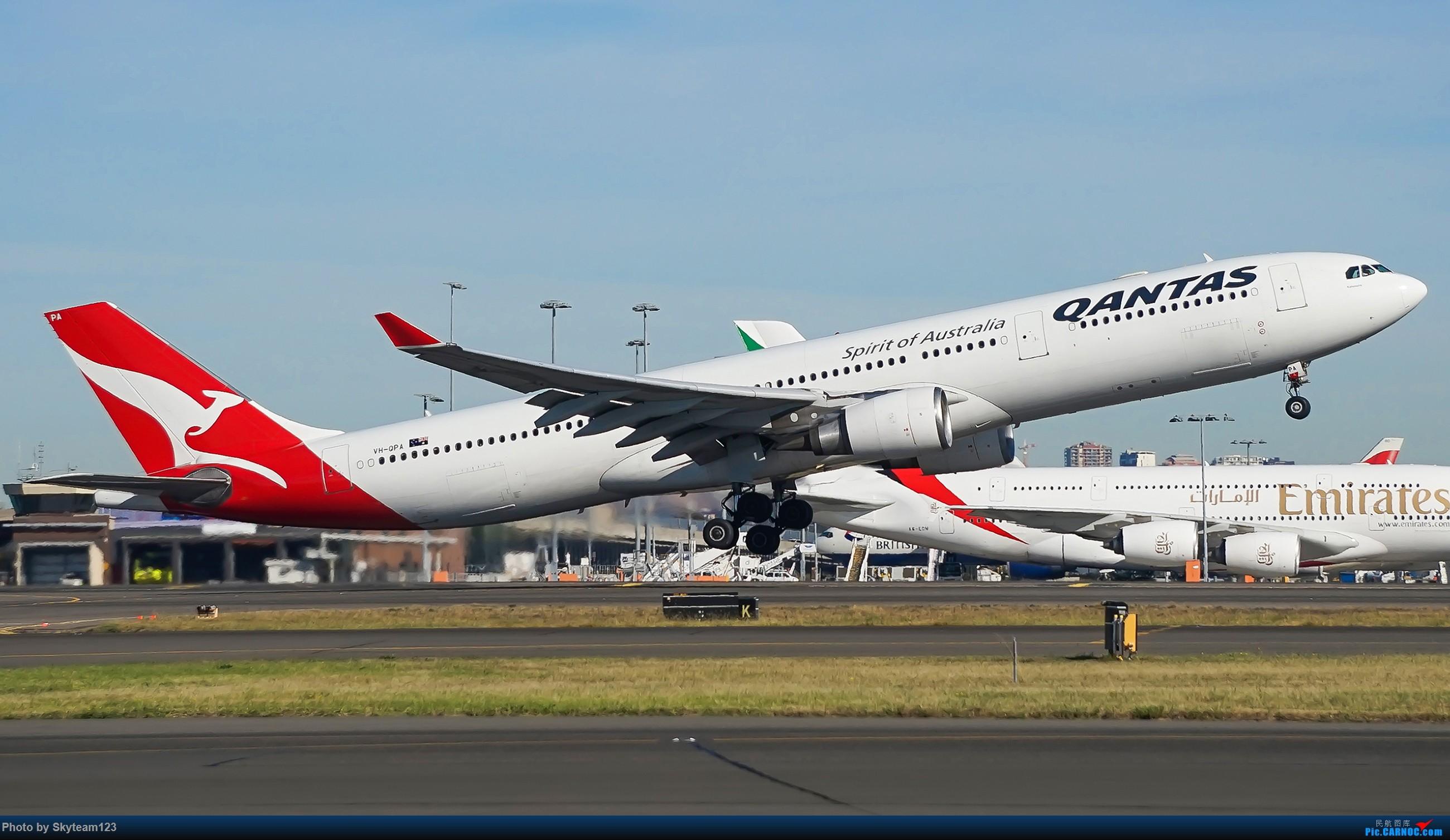 Re:[原创]【SYD】Blu EMU 停车场拍34L宽体起飞落地 AIRBUS A330-300 VH-QPA 澳大利亚悉尼金斯福德·史密斯机场
