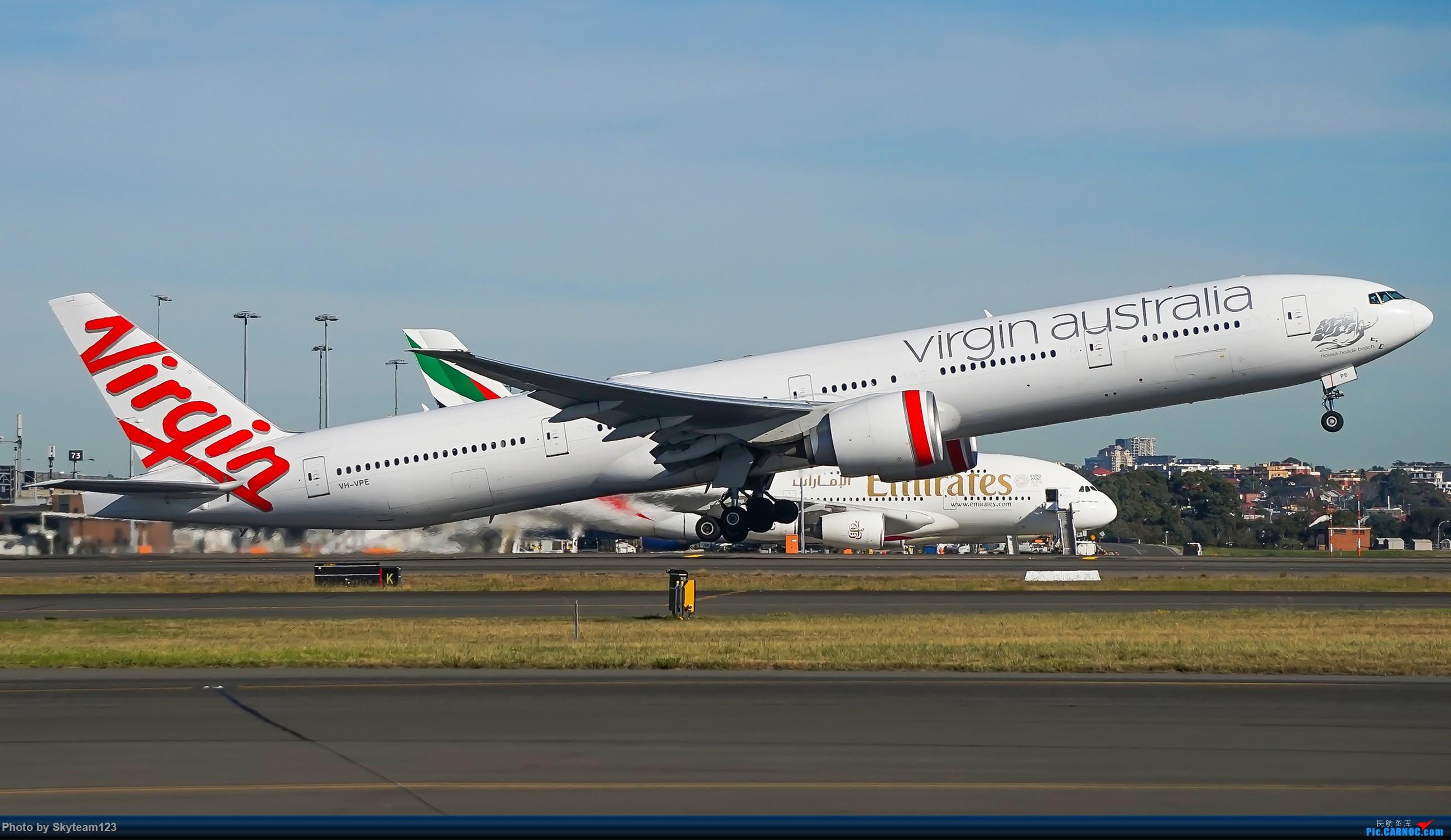 Re:[原创]【SYD】Blu EMU 停车场拍34L宽体起飞落地 BOEING 777-300ER VH-VPE 澳大利亚悉尼金斯福德·史密斯机场