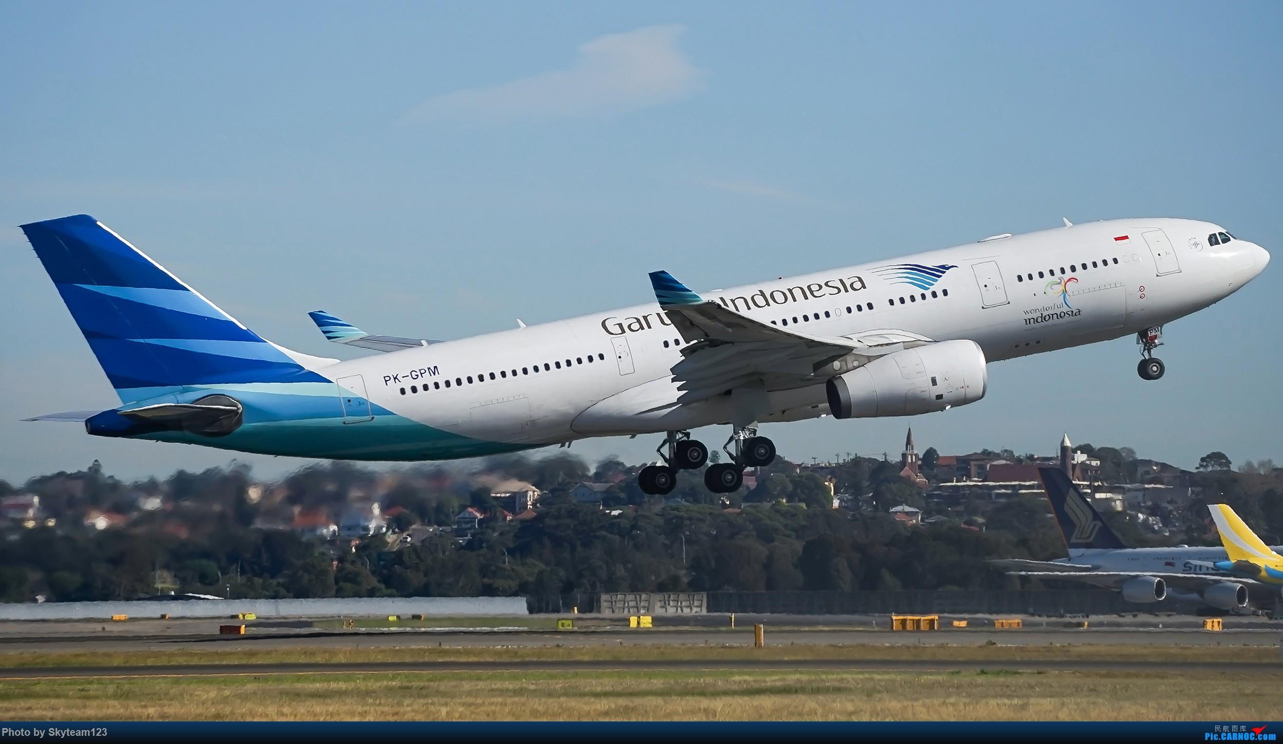 Re:[原创]【SYD】Blu EMU 停车场拍34L宽体起飞落地 AIRBUS A330-200 PK-GPM 澳大利亚悉尼金斯福德·史密斯机场