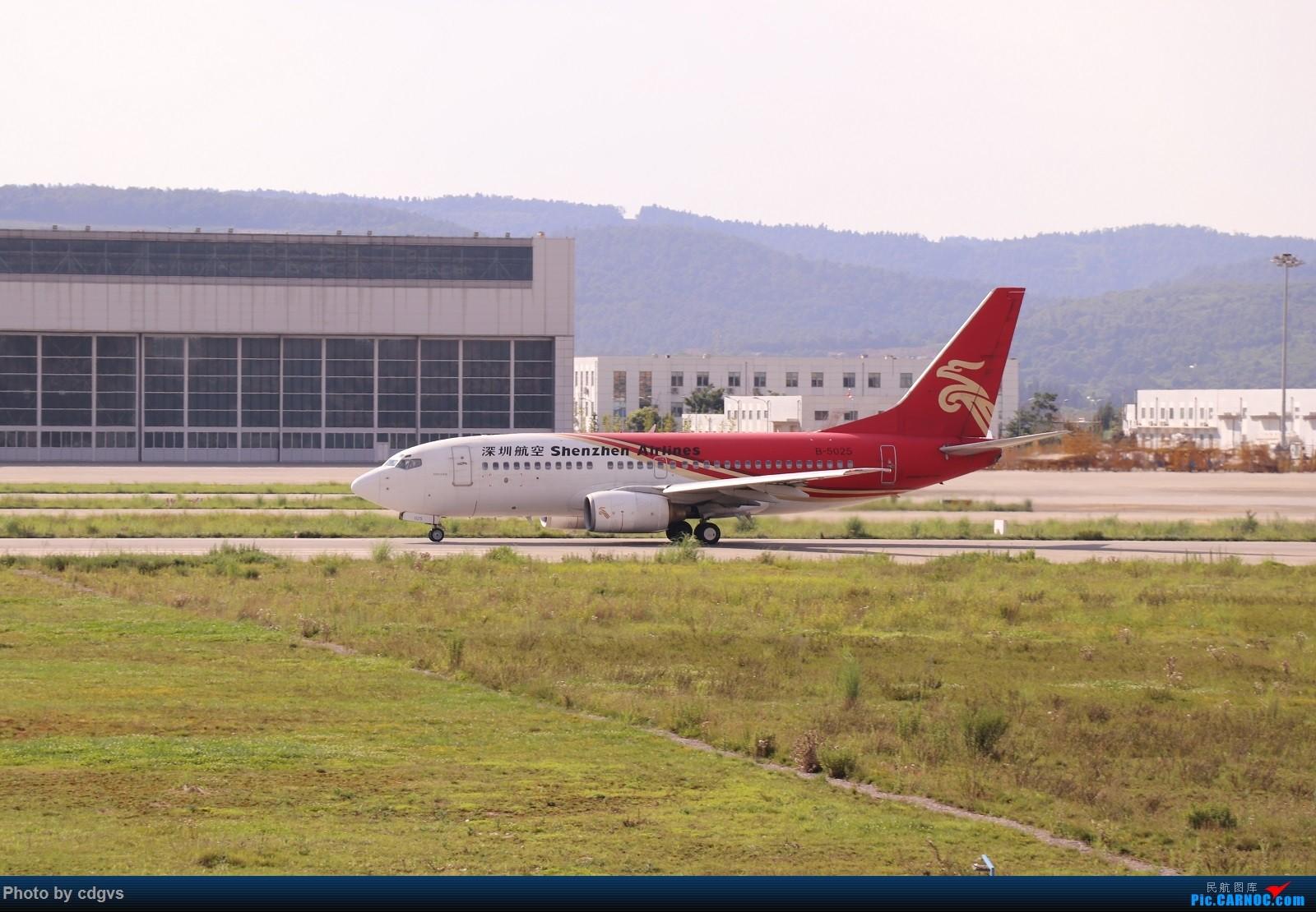 Re:[原创]【KMG】昆明的一天 1600大图 一次看个爽 BOEING 737-700 B-5025 中国昆明长水国际机场