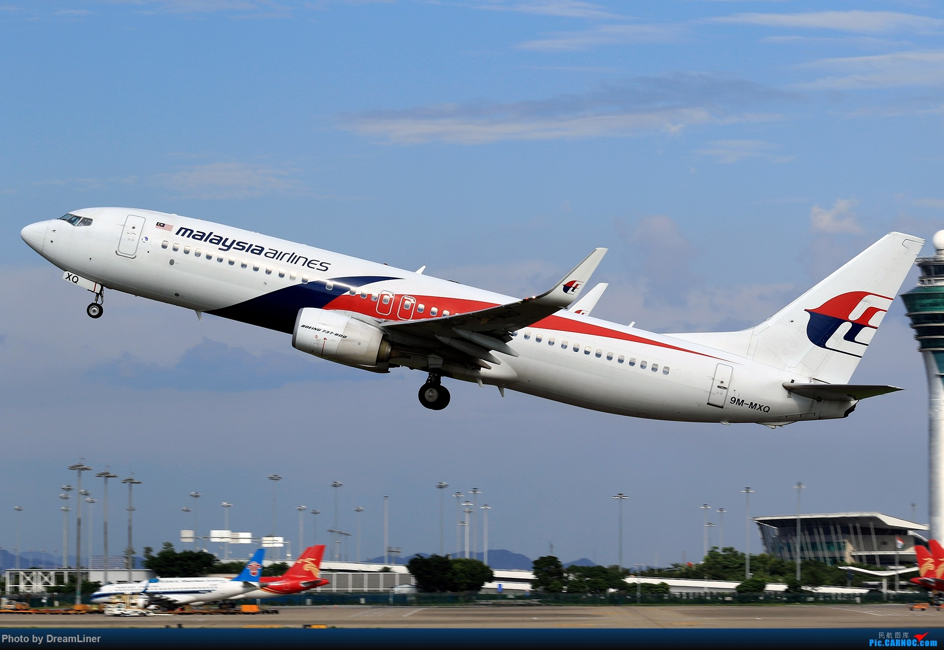 Re:[原创]【CAN】又是诱人的蓝天 BOEING 737-800 9M-MXQ 中国广州白云国际机场