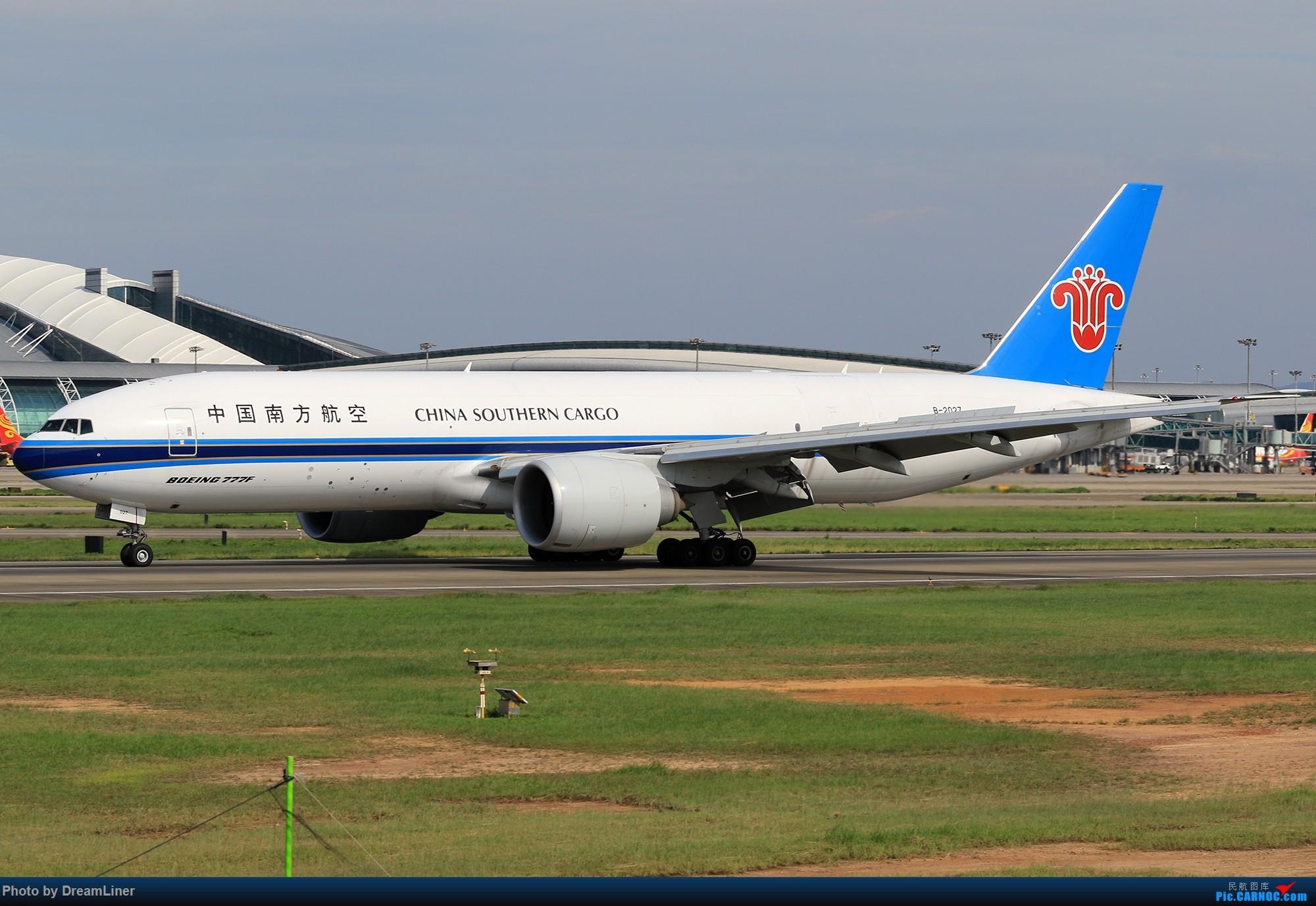 Re:[原创]【CAN】又是诱人的蓝天 BOEING 777F B-2027 中国广州白云国际机场