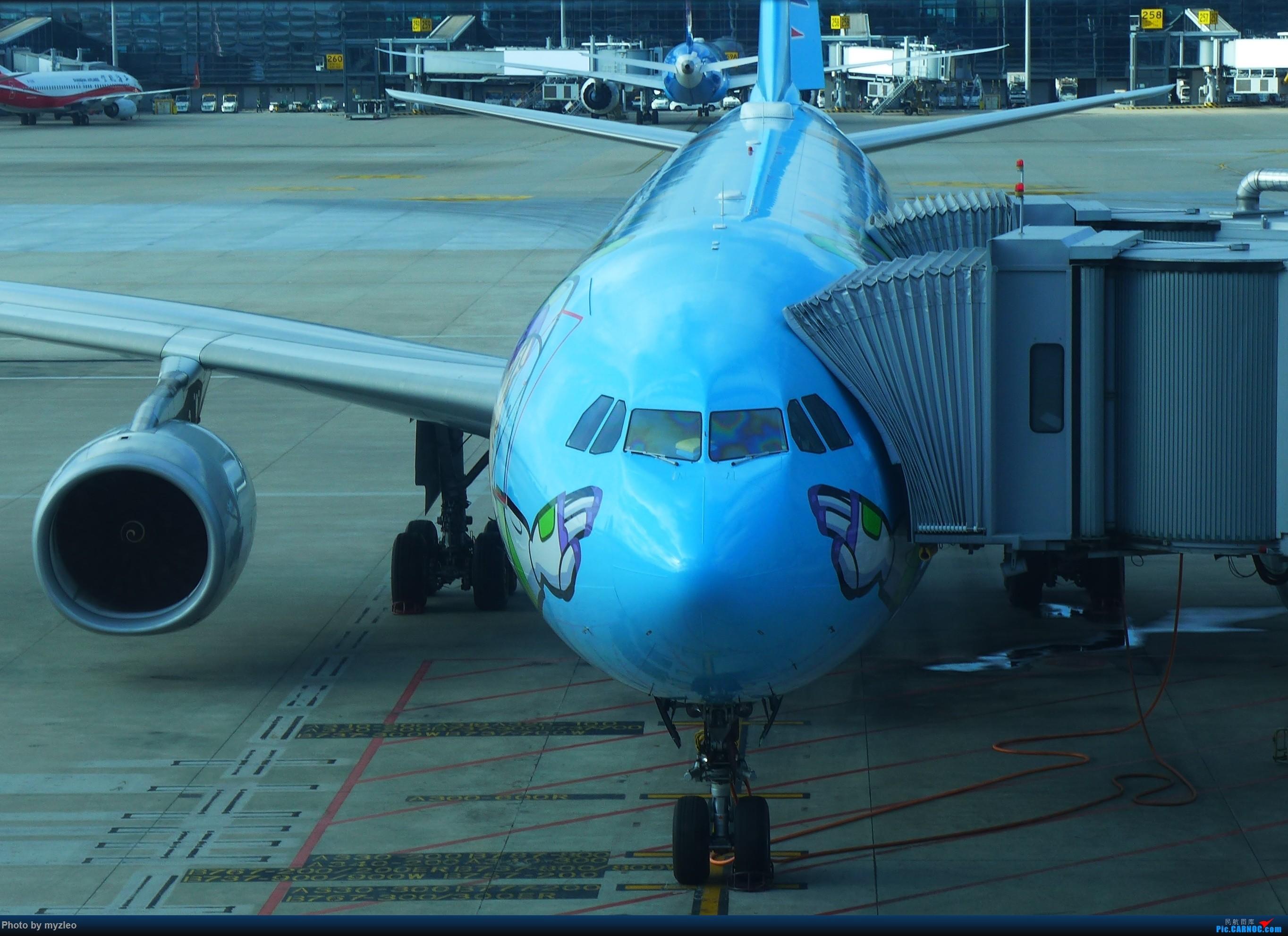 Re:[原创]【myzleo的游记2.1】昆洱风光(1)——SHA-KMG上航商务舱再体验+人在昆明 AIRBUS A330-300 B-5976 中国上海虹桥国际机场