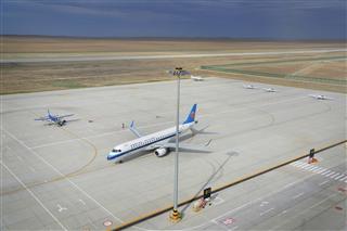 富蕴机场兼顾通航与公共航空运输