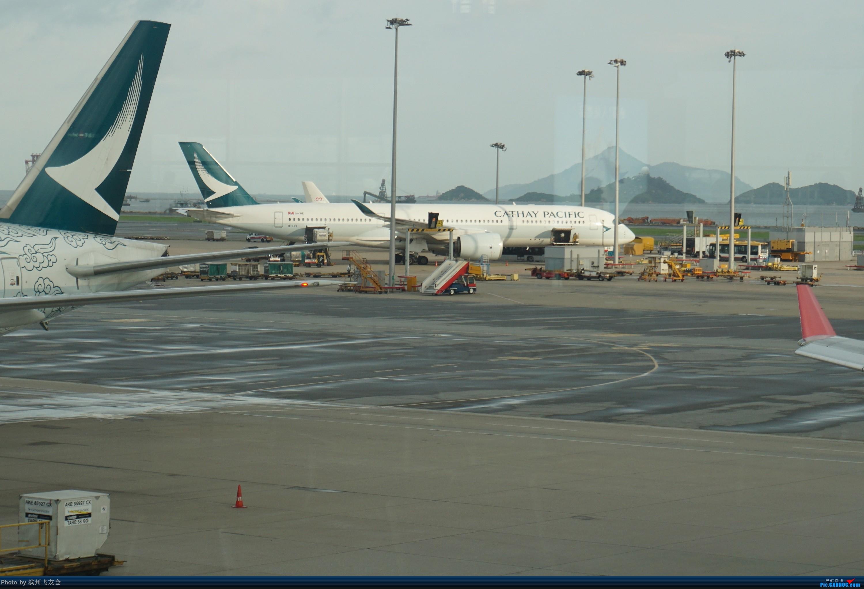 Re:[原创]骚年飞行篇~CX390 HKG-PEK 十一次乘坐77W ,第一次体验国泰航空,体验五星航空的云端服务,比较开心的行程 AIRBUS A350-900 B-LRQ 中国香港国际机场