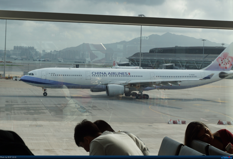 Re:骚年飞行篇~CX390 HKG-PEK 十一次乘坐77W ,第一次体验国泰航空,体验五星航空的云端服务,比较开心的行程 AIRBUS A330-300 B-18309 中国香港国际机场