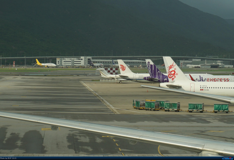 Re:[原创]骚年飞行篇~CX390 HKG-PEK 十一次乘坐77W ,第一次体验国泰航空,体验五星航空的云端服务,比较开心的行程 AIRBUS A321-200 B-6593 中国香港国际机场