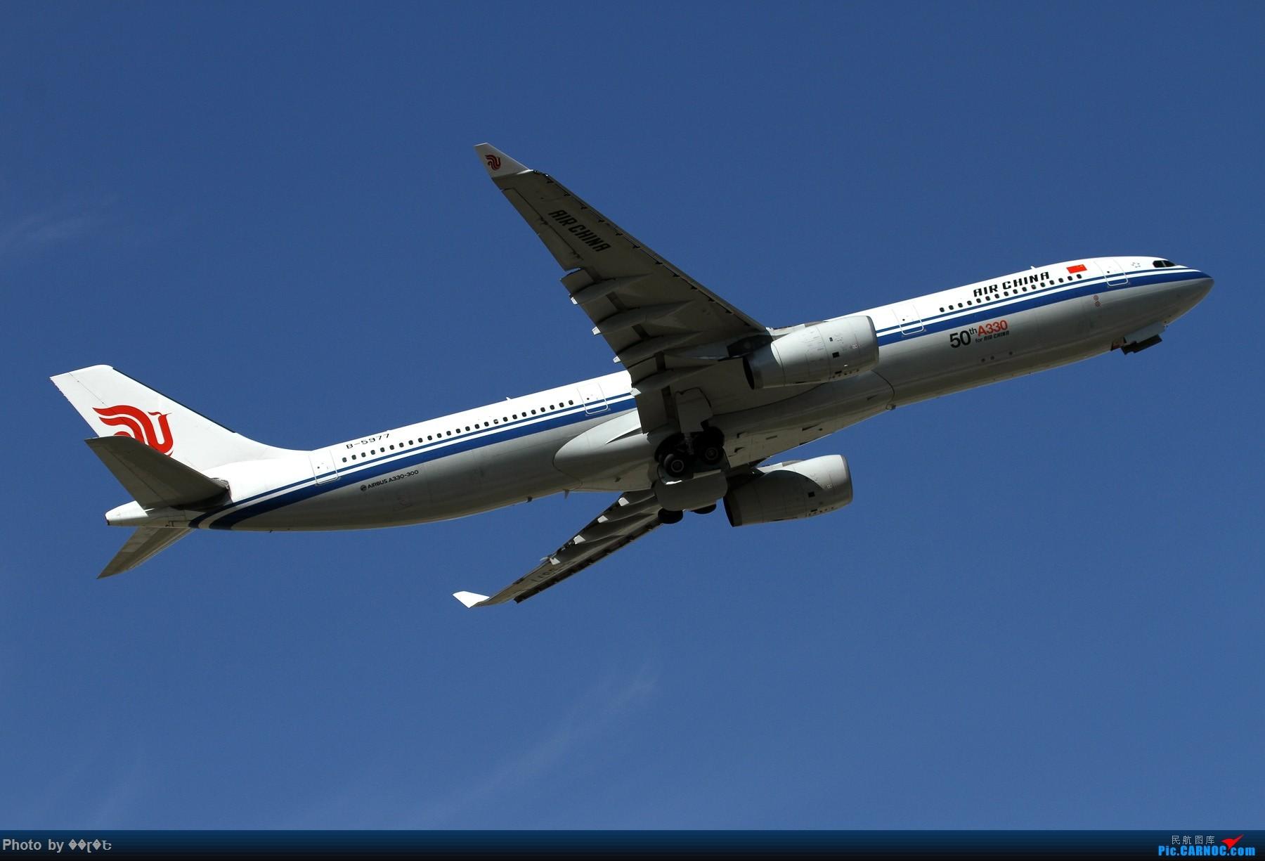 [原创]腾空而起的国航空客333,B-5977。 AIRBUS A330-300 B-5977 中国北京首都国际机场