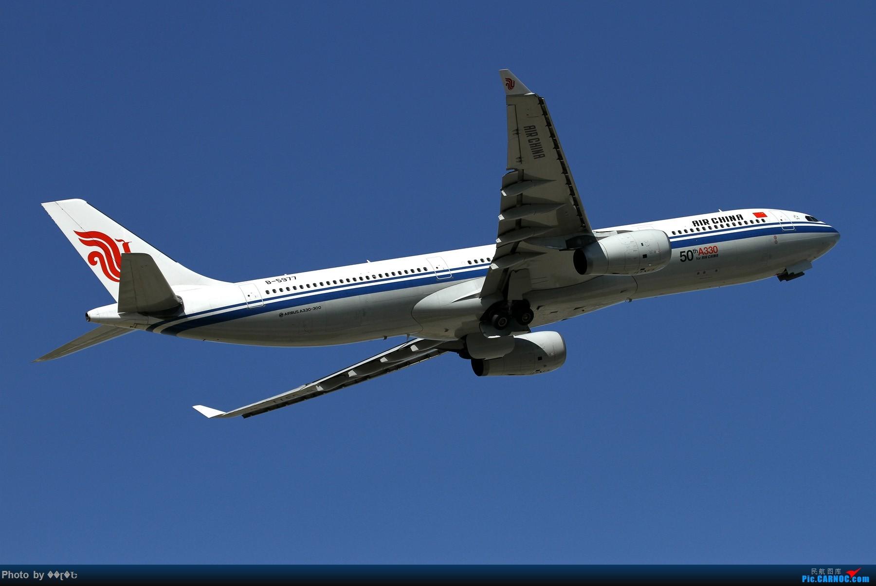 Re:[原创]腾空而起的国航空客333,B-5977。 AIRBUS A330-300 B-5977 中国北京首都国际机场