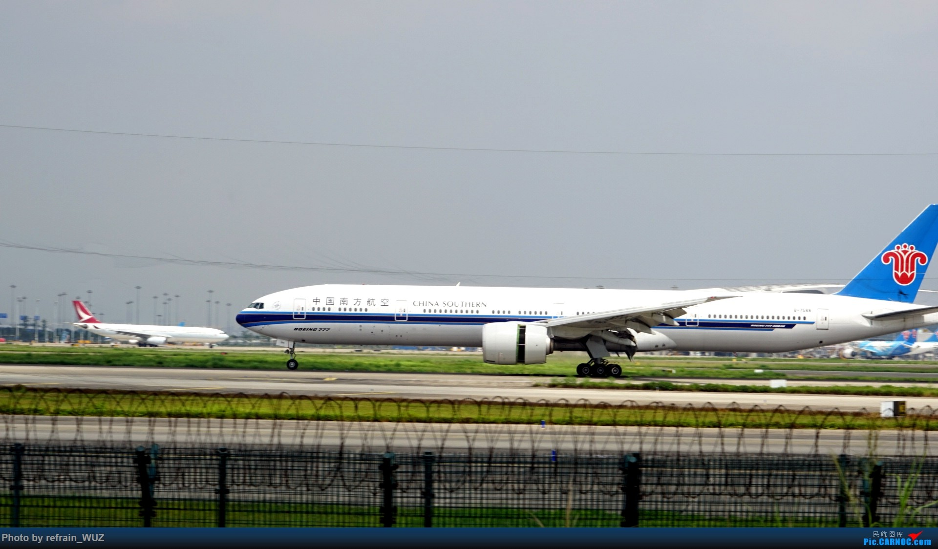 Re:[原创]CAN白云打机,全部系大嘢,最长的最粗的都有了! BOEING 777-300ER B-7588 中国广州白云国际机场