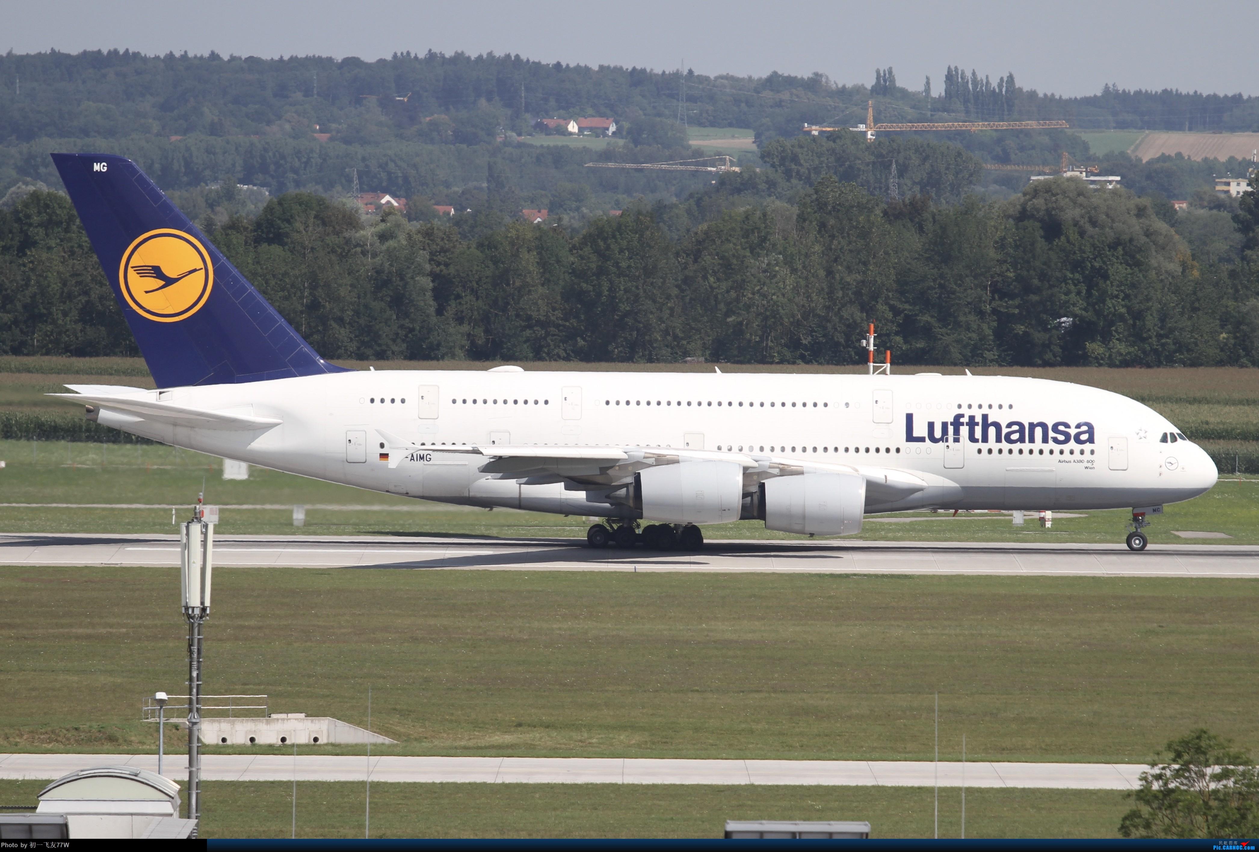 Re:[讨论]个人想买一款单反相机。但又不了解。哪位大佬可以帮我推荐一下相机啊?不超过10000的。谢谢!求指教。 AIRBUS A380-800   德国慕尼黑机场