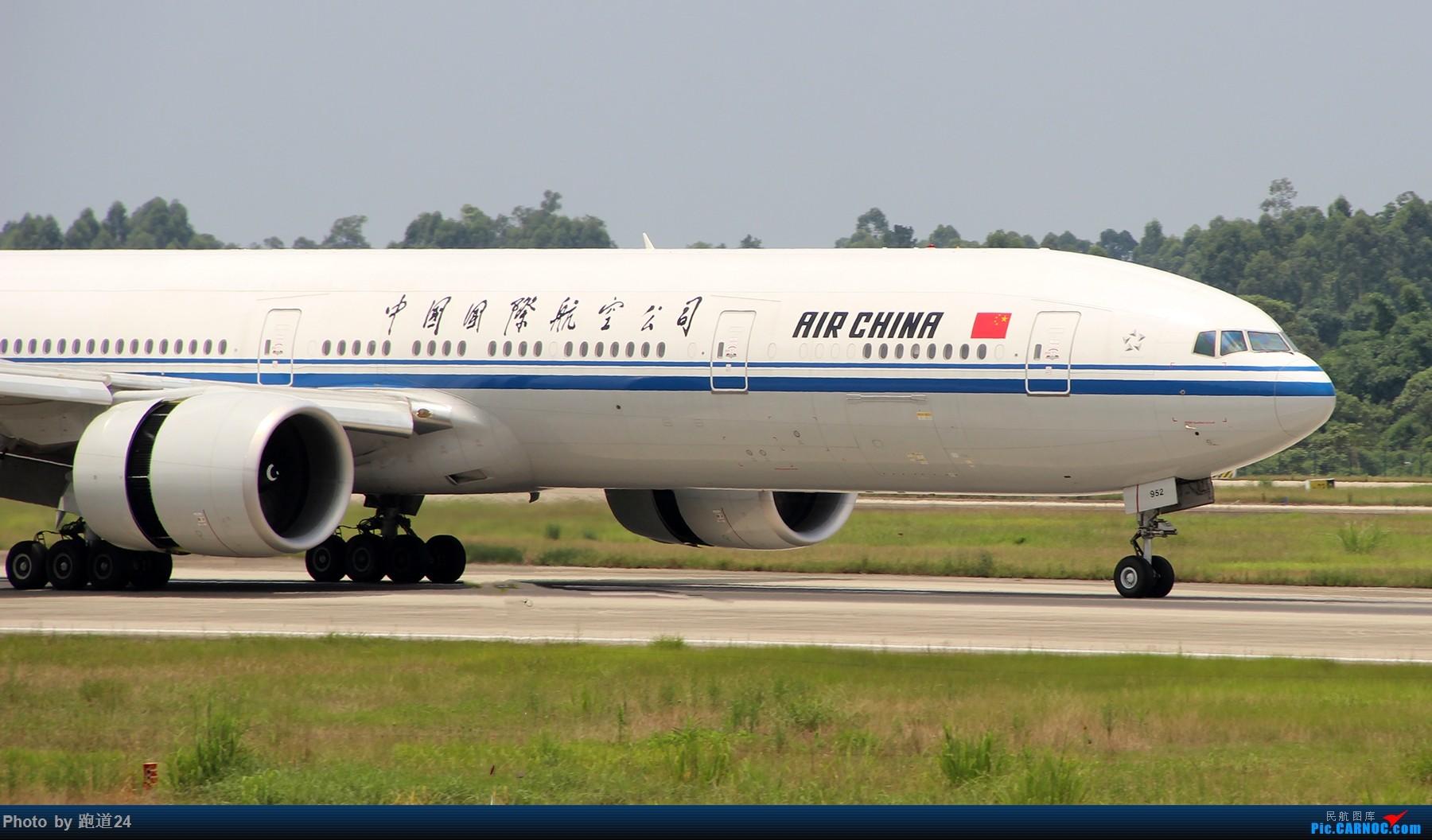 Re:[原创]【多图党】8.5CTU拍机 BOEING 777-300ER B-7952 中国成都双流国际机场