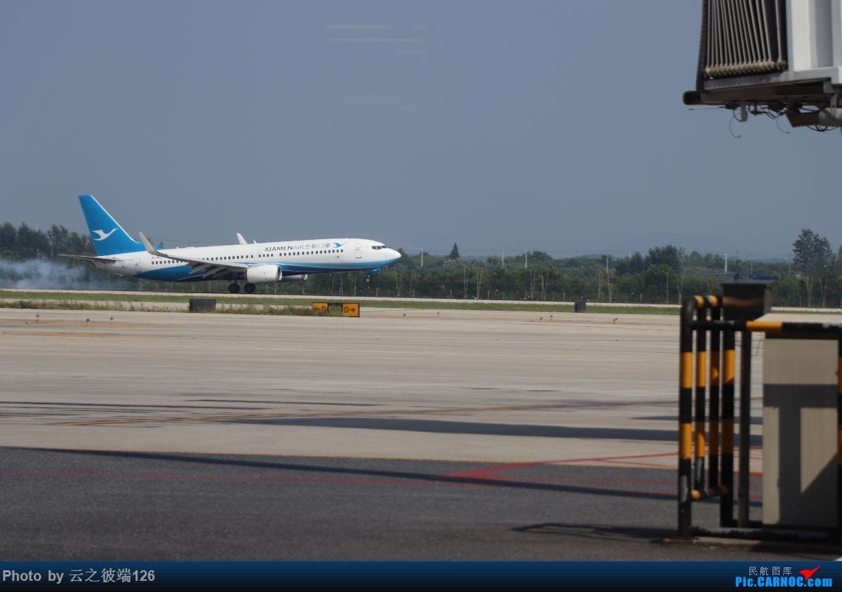 Re:[原创]-------------走进彩云之南,八天云南游,意外,再送杭州半日游--------- BOEING 737-800 B-1912 中国南京禄口国际机场