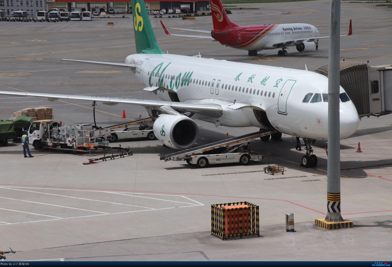 Re:[原创]-------------走进彩云之南,八天云南游,意外,再送杭州半日游--------- AIRBUS A320-200 B-6706 中国昆明长水国际机场